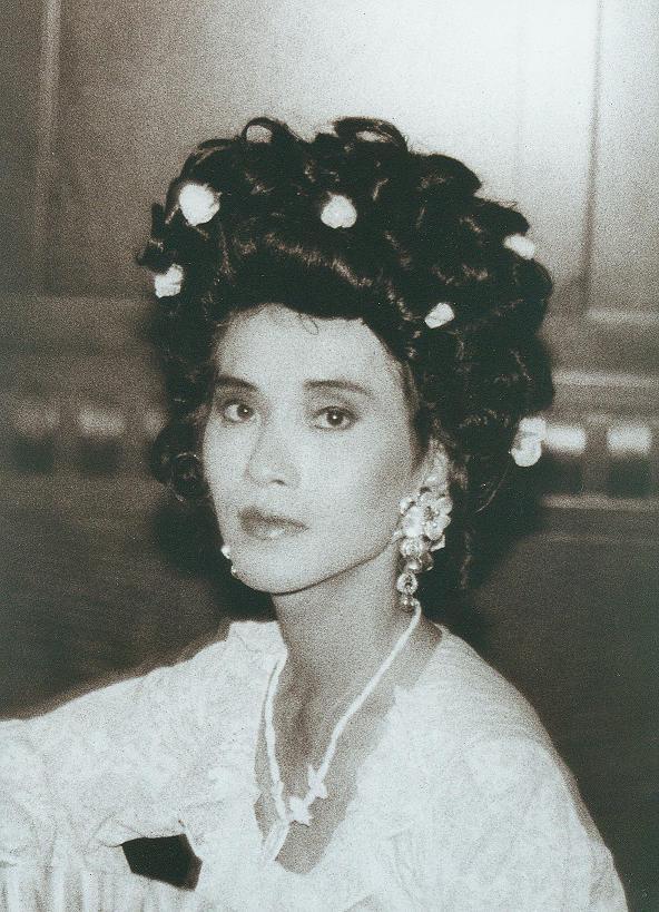 Tạ Thái (Vogue dance, San Francisco 1994) - photo by Lê Nghĩa Quang Tuấn