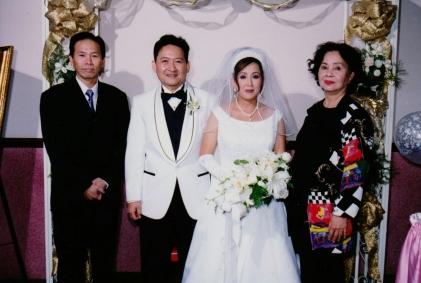 Mẹ, đám cưới anh Quốc Anh.