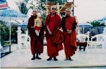 tuyethong-stupabackyard (85)